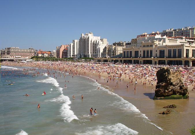 gay france rencontre à Biarritz
